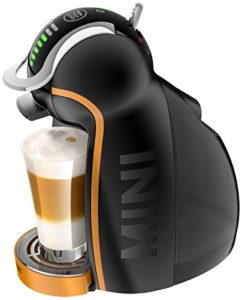 Kapselmaschine Test DeLonghi EDG 466.M Nescafé Dolce Gusto Genio Mini Kaffeekapselmaschine (automatisch, Limited Edition) schwarz/orange - 1